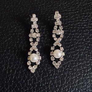 Pearl Rhinestone Crystal Stud Earring's